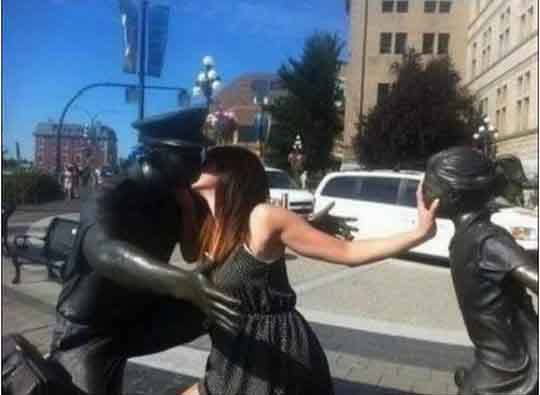 People who took opportunity with statue