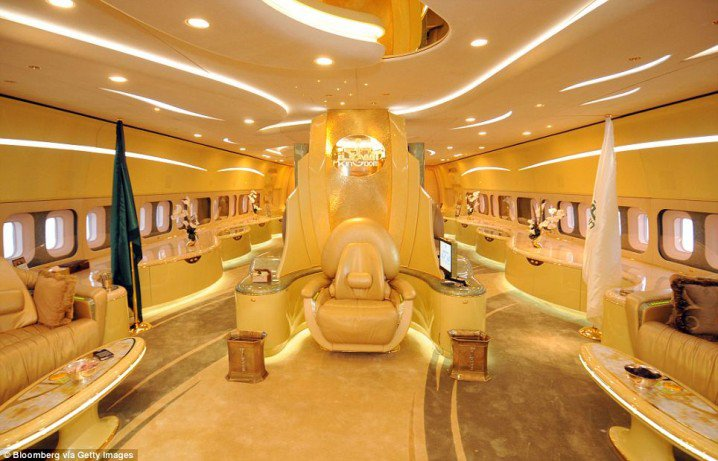 Luxurious Private Jets Interior - Mind Blowing Designs (1)