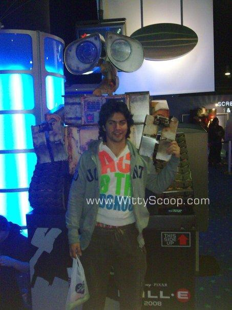 Varun Dhawan Old Pictures - The Common Man!  (2)