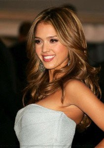 jessica-alba-hair-color-at-home-4-211x300