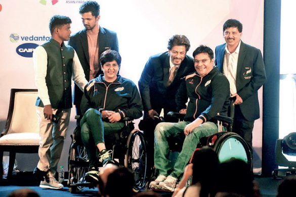 Shah Rukh Khan boosts confidence of para-athletes by donating 50 wheelchairs| Witty Scoop