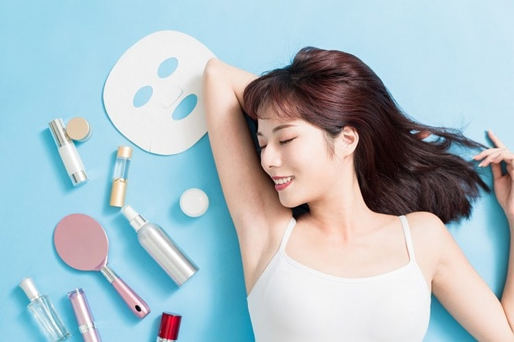 Korean Skincare Routine - Get Smooth GLASS SKIN With These Incredible Natural Ingredients
