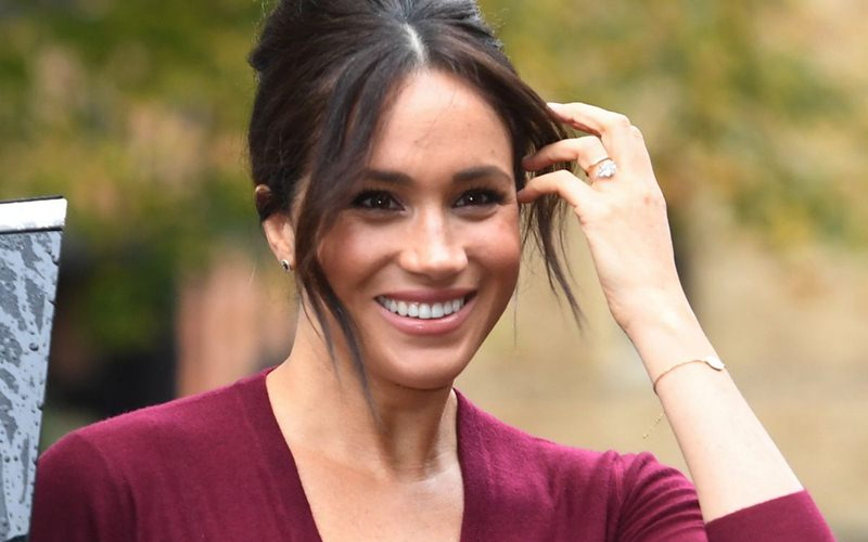 Meghan Markle Encourages Young Girls In A Special Roundtable