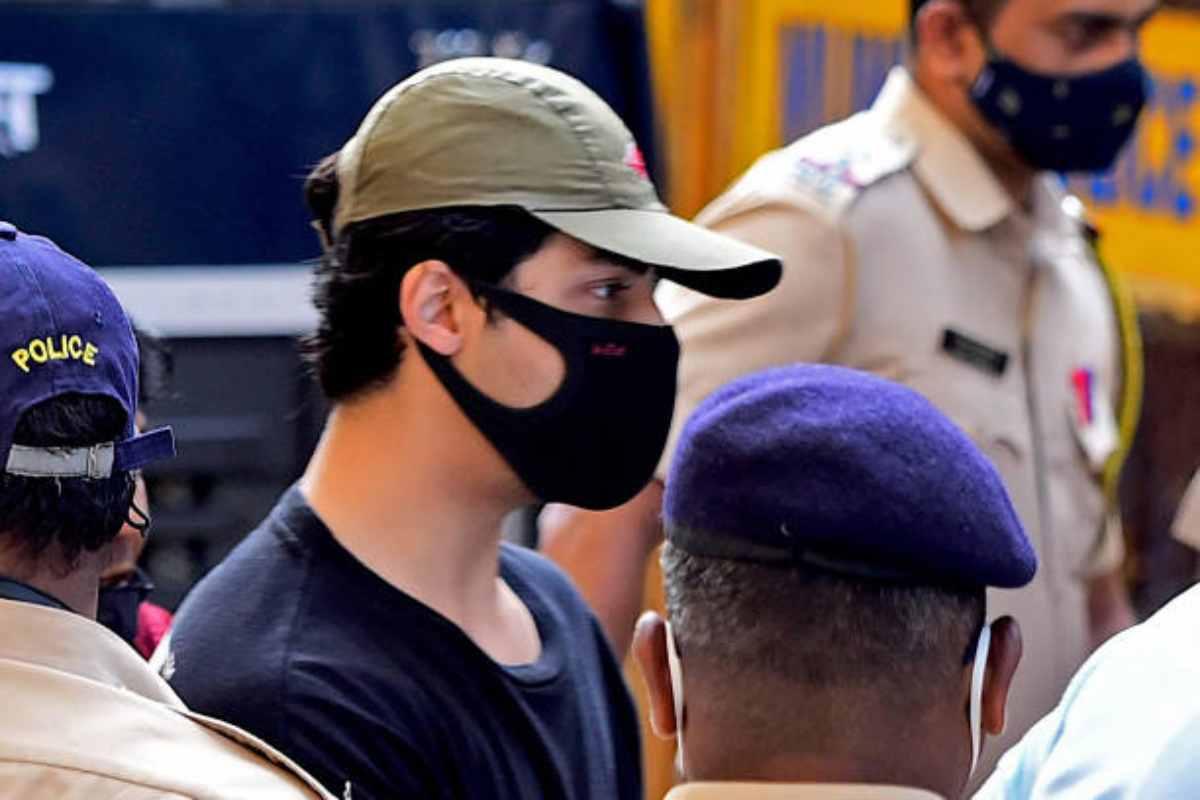 [Watch] Shah Rukh Khan's Son Aryan Khan Arrested; Netizens React